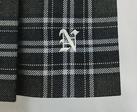 スカート刺繍