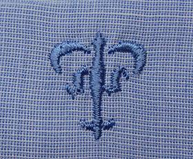 ブラウス刺繍